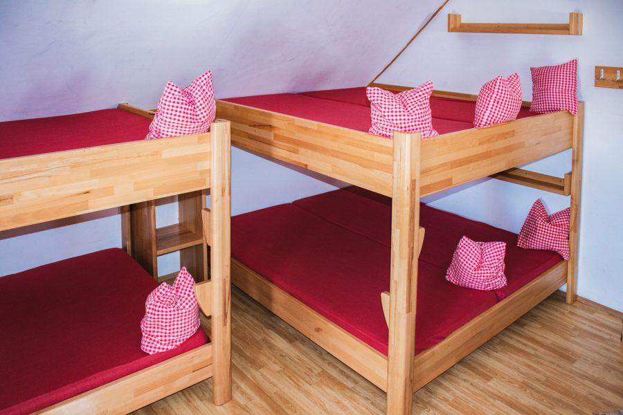 Schutzhaus Hochkar - Matratzenlager für 18 Personen